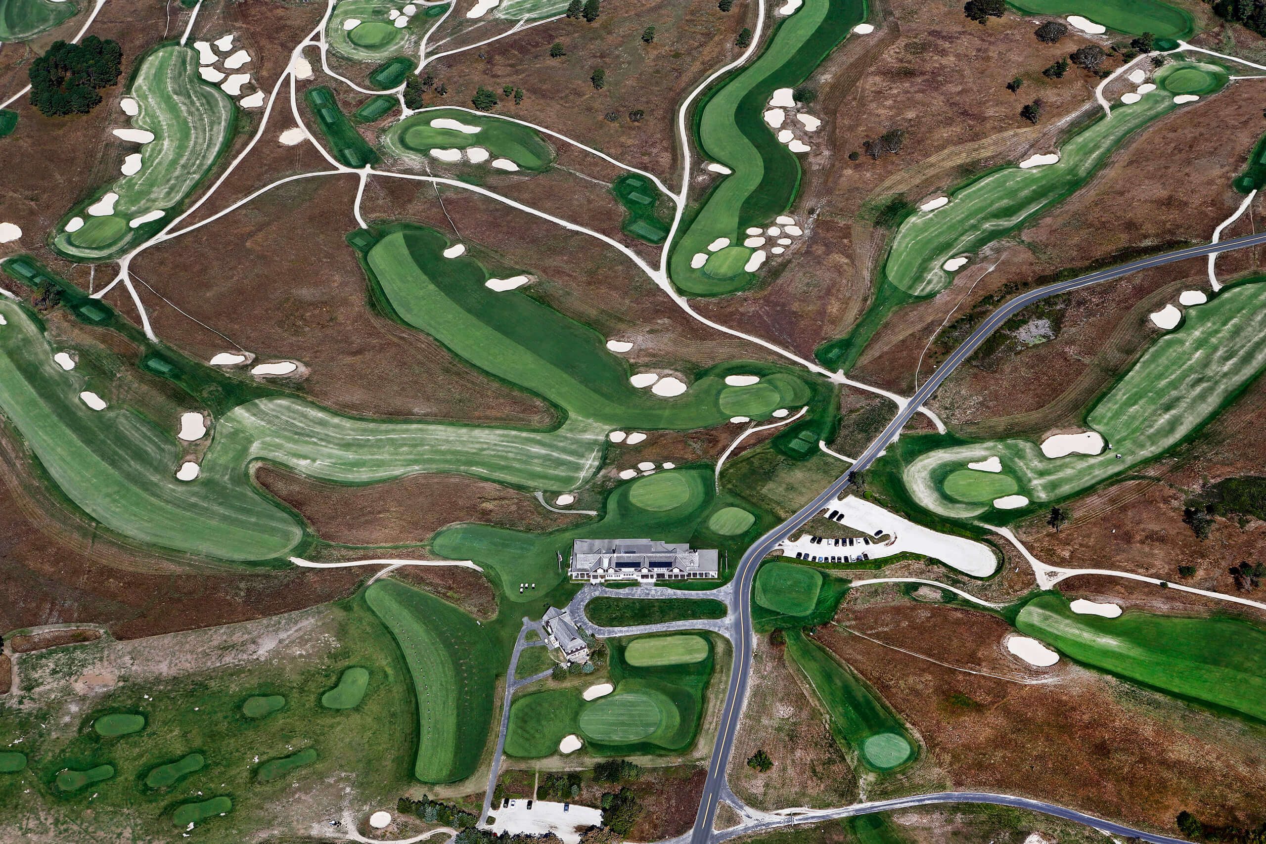 Aerial photo of Shinnecock Hill Golf Course in Long Island.